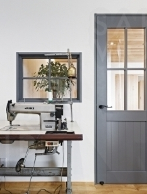 1.自然素材のシンプルなデザインと住宅性能の両立。