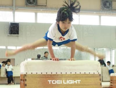 踏切、ジャンプ![跳び箱]段の高さや跳ぶ姿勢もだんだんと美しく成長!