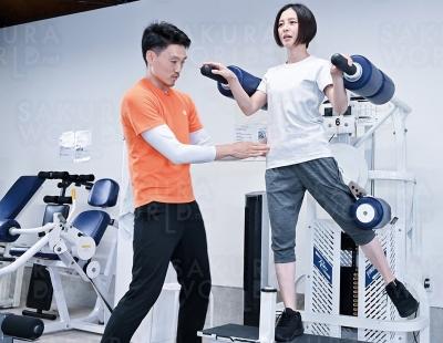 姿勢・骨格を美しく、トレーニングで引き締める