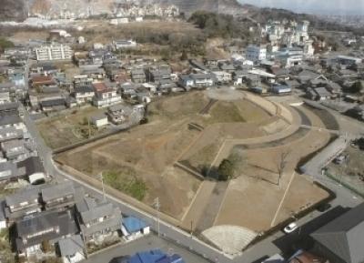 昼飯大塚古墳の航空写真