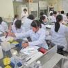 中学生・高校生のための生命科学体験プログラム