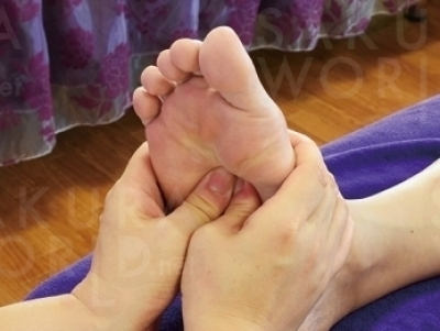 足裏ガッツリ施術も人気。