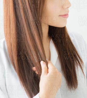 前髪カット500円(S別)。髪型メンテ♪