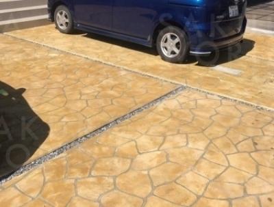 【施工事例】■ コンクリート・石張り風