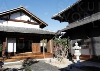 庭や離れも見学可能。離れは昭和初期に太田宿から移築され たものと伝えられている。