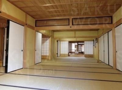 部屋数15、湯殿(風呂場)は3箇所もある座敷。