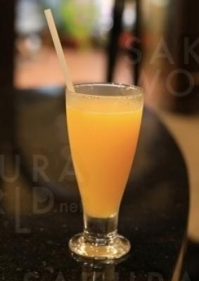 ただ搾るだけではない、丁寧につくられるフレッシュジュースはフルーツをそのままの味わいを楽しめる。