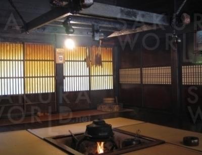 囲炉裏の展示も。