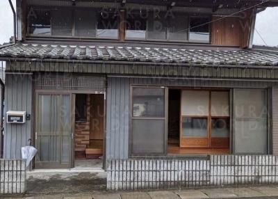 [ビフォー]和風建築の家が・・・