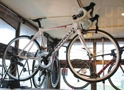 これからロードバイクを始めるお子様にオススメ!PINARELLO(ピナレロ)ジュニアロードバイク101000円。